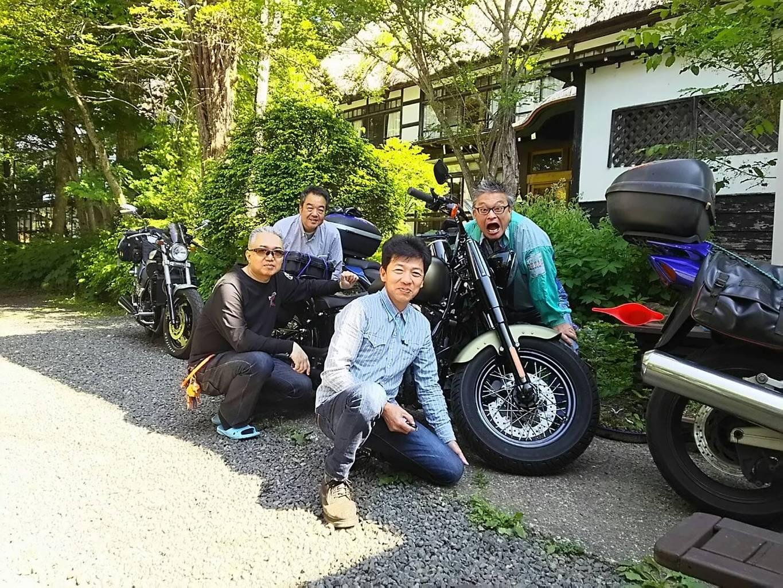 戸隠ツー2018 横倉旅館前で記念撮影1